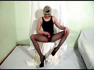 Pussy inside transen in strumpfhosen now those
