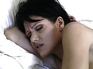 kurze Brünette anal