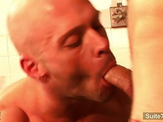 enjoy Cam Chat für Erwachsene good kisser. hot, good