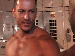 Fitnessstudio Dusche kämpfen fuck Spaß