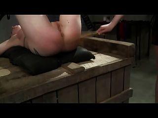 geblendet und masturbiert