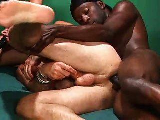 bisexuelle Schwelle und strapon von troc