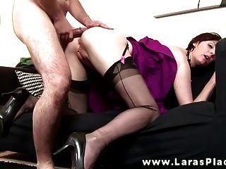 Horny Babe wird von hinten gefickt und kann nicht genug bekommen