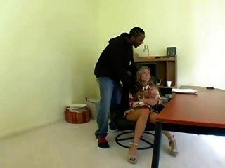 Szene schwarz Mann Blondine bbc versuchen