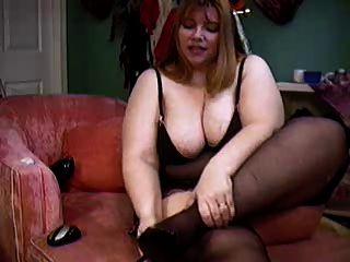 bbw hippy chick zeigt ihren körper auf cam
