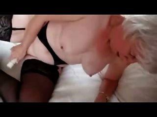 ohory slut 73 Jahre alt liebt immer masturbieren Amateur