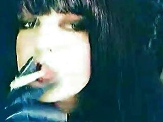 ruhige Zeit Rauchen, bevor ich masturbieren Blick auf Porno :)