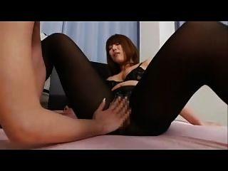 asiatische Lesben in Strumpfhosen Schere Sex