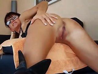 Anal-Spaß mit Kinky Milf