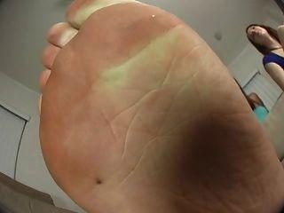 Fußfetisch-Freak, du brauchst Hilfe!