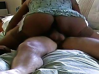 großer schwarzer Arsch für großen weißen Schwanz