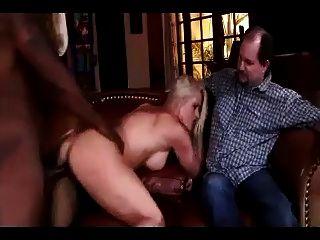 Fett hubby beobachtete seine Frau von schwarzen Kerl verwendet