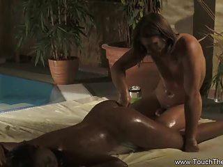 erotische Analmassage ist pure Freude