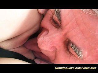 geiler Großvater in der Liebe