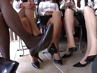 asiatische Nylonfüße und High Heels Shoeplay überall