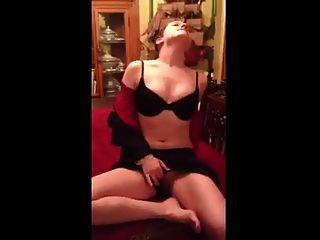 Nettes Mädchen masturbieren und Orgasmus