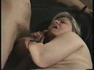 britische Oma ist eine Sex-Göttin