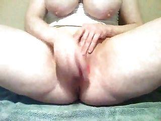 rosa Schlüpfer in meiner nassen Pussy