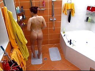 großer bruder tschechisch marcela nude dusche