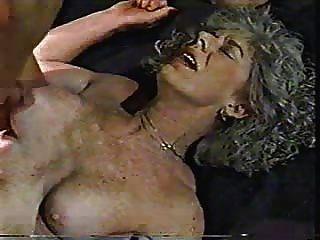 große Masturbation der älteren Dame. Amateur