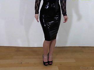 zurück Latex, Beine und Fersen, sexy Hure !!!