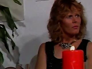 vintagemodern Leben anal und faustsex