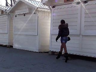 julieskyhigh in paris heiße babe in öffentlichen high heels boots
