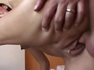kurzhaarige milf kitty fucking big cock