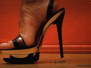 Dame Nadia Metall High Heels