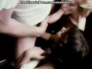 Desiree Cousteau im klassischen xxx Video