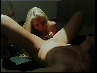heiße blonde cougar karen fisher
