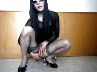 sexy koreanischer crossdresser