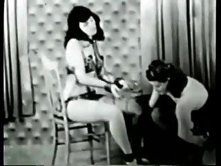 bettie Seite Sklave Mädchen Bondage