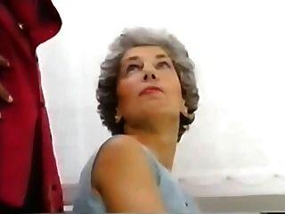 70 jahr graues haar