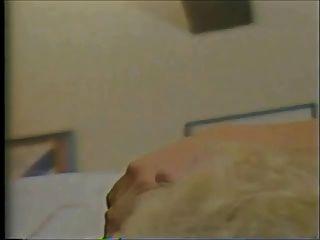 Blondine auf der Flucht (1985) pt.1