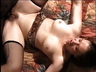 blasse milf liebt saugen schwarzen Schwanz auch nach analen ficken