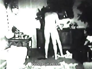 bisexueller Dreier auf dem Weg zu mmf Orgasmen (1930er Jahrgang)