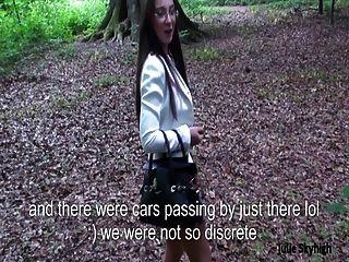 Schlampe französisch teen outdoor blowjob woods \u0026 cum auf Gesicht