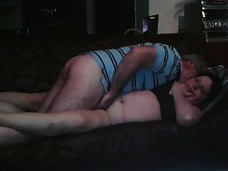 la vieille truie se fait baiser