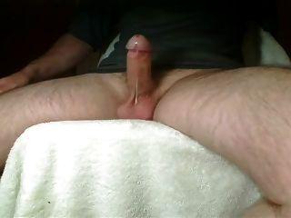 kleine Hände frei cum shot