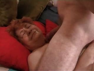 echte Oma 81 will nicht schlucken