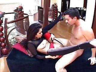 Glamour Babe Sex in Stiletto Fersen und ein Strumpfband
