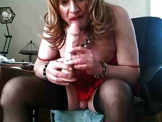 sissy slut barbi liebt ihre spielzeug