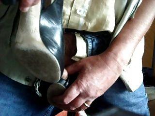 Schnelle Cumshot auf Peep Toe Schuhe