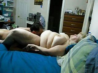 bbw Frau bekommt Pussy geleckt und Sperma auf Titten