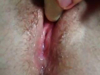 Nahaufnahme von nassen Pussy squirting