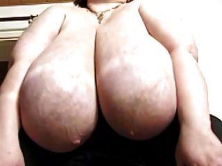riesige tits karola