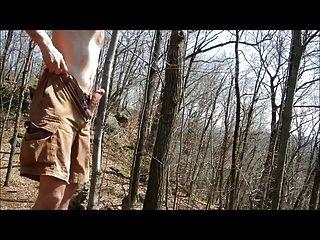 Jackoff Wanderung: Sperma im Wald 1