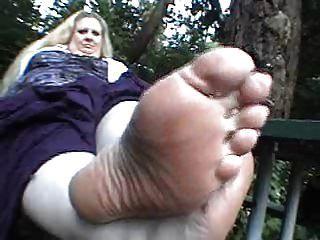 css bbw Füße