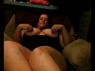Fett bbw gf mit großen Titten zeigt ihre Muschi
